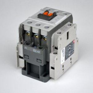 Khởi động từ Contactor LS 3P 12A 220V MC-12b